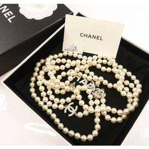 Chanel Long Chain Pearl Necklace